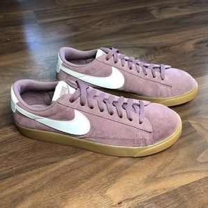 Nike Women's Blazer Low SD Mauve Suede